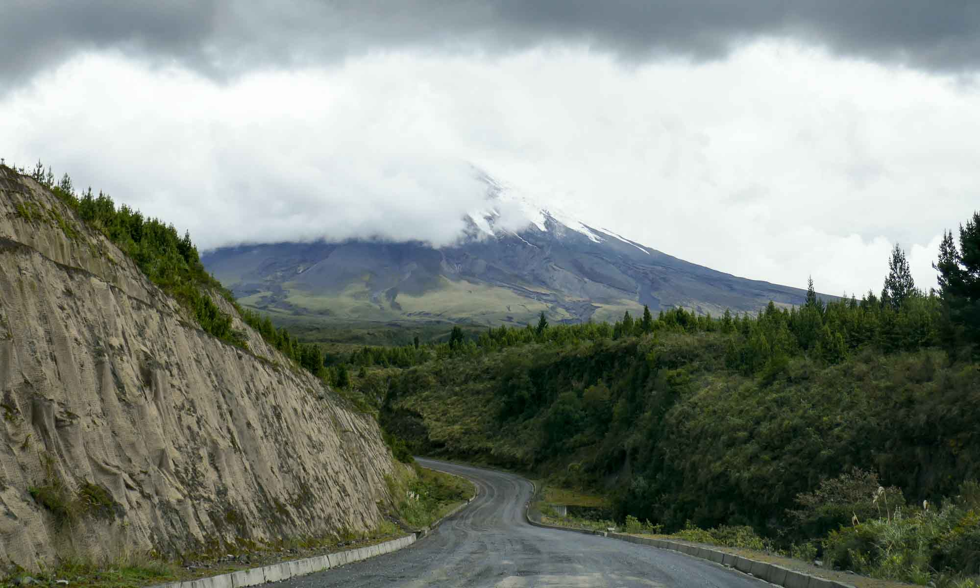 The dirt road to Cotopaxi Volcano